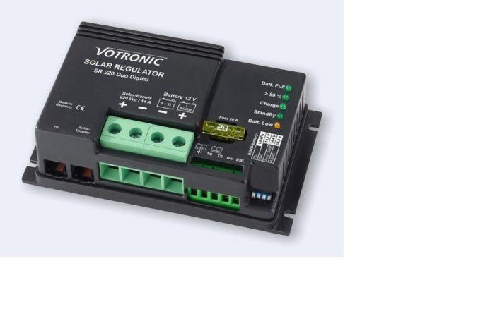 Votronic Laadregelaar SR 220 DUO 12V Solar Laadregelaar / Spanningsregelaar + EBL-kabelset tbv EBL-systeem-0