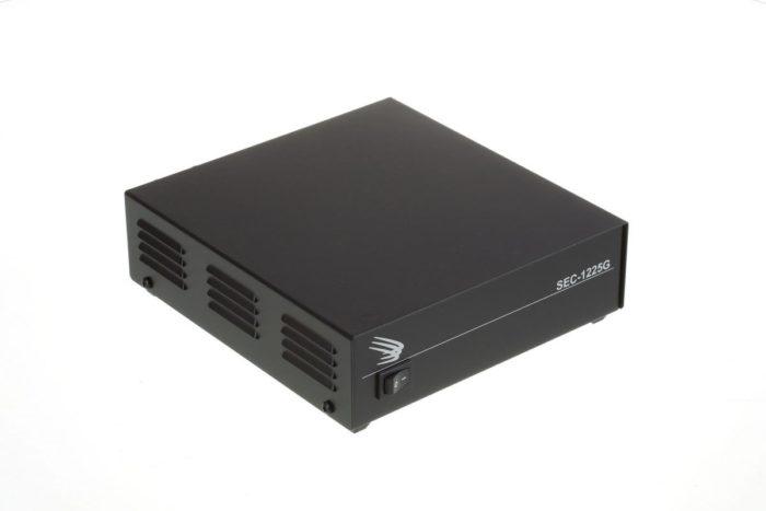 Samlex SEC-1225G Van 115-230V naar 12V - 23Amp-0