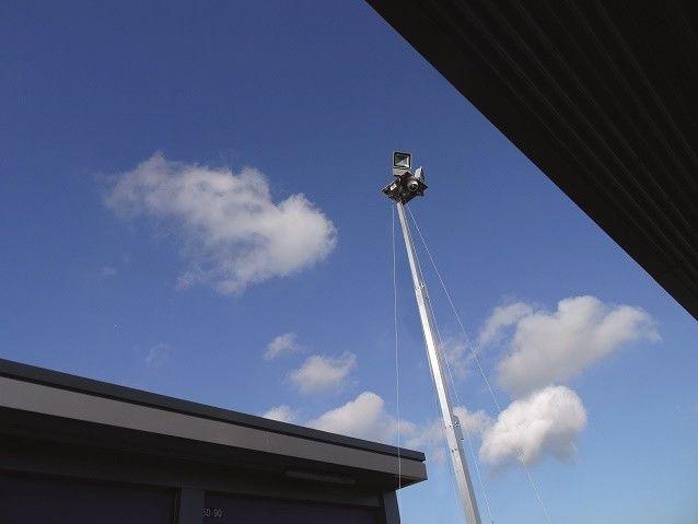 Mobiele terrein beveiligingsmast cameramast-2342