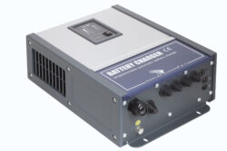 Samlex Omnicharge OC24-80 24V professionele en programmeerbare automatische acculader-0