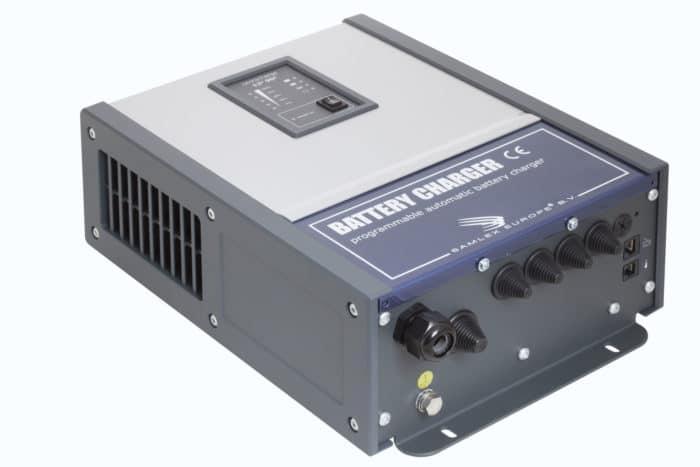 Samlex Omnicharge OC48-40 48V 40A professionele en programmeerbare automatische acculader-0